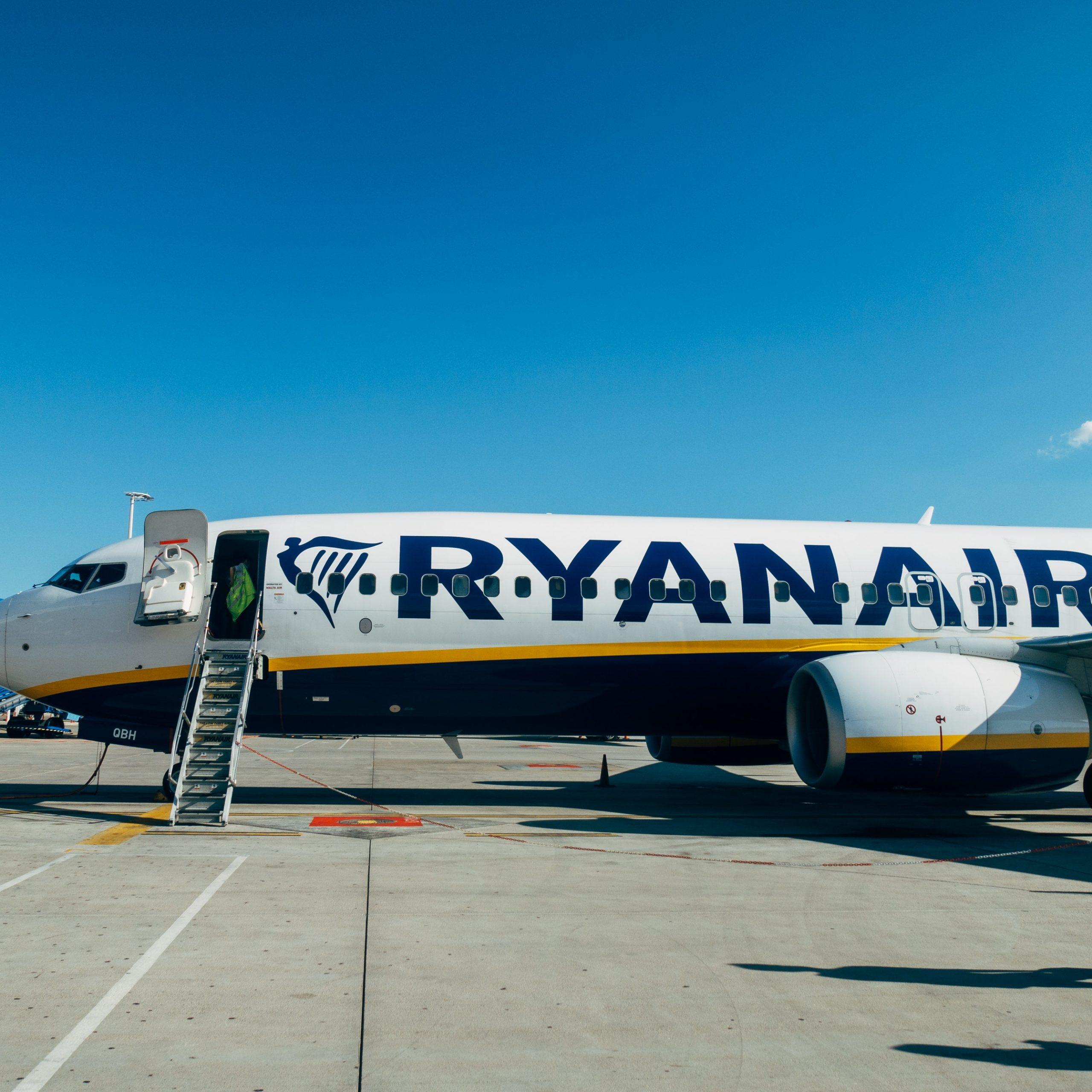Літак з лівреєю Ryanair